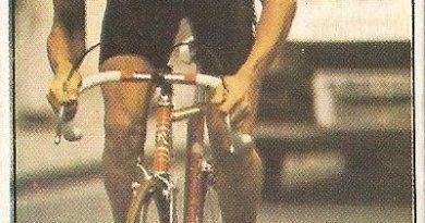 1983. Vuelta Ciclista - Ases Internacionales del Pedal. Eric Vanderaerden (Bélgica). (Editorial J. Merchante - Chocolates Hueso).