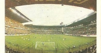 Trideporte 84. Estadio El Molinón (Real Sporting de Gijón). Editorial Fher.