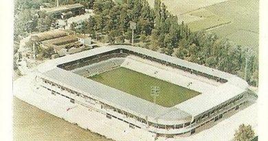 Trideporte 84. Estadio El Sadar (Club Atlético Osasuna). Editorial Fher.