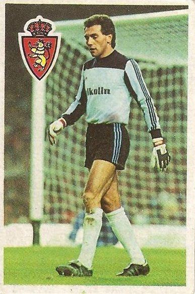 Diego Armando Maradona. Sus driblings. Sus goles. Liga 84-85.Vitaller (Real Zaragoza). Cromo Esport.