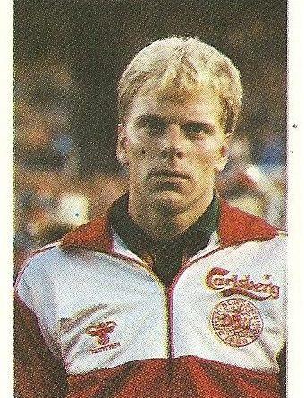 Eurocopa 1984. Troels Rasmussen (Dinamarca) Editorial Fans Colección.