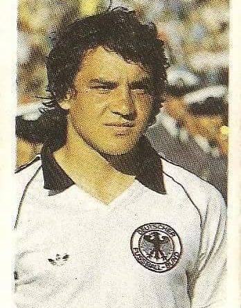 Eurocopa 1984. Magath (Alemania Federal) Editorial Fans Colección.