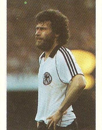 Eurocopa 1984. Breitner (República Federal Alemania). Editorial Fans Colección.