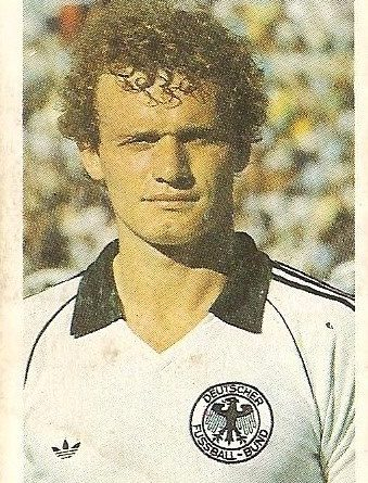 Eurocopa 1984. Briegel (Alemania Federal) Editorial Fans Colección.