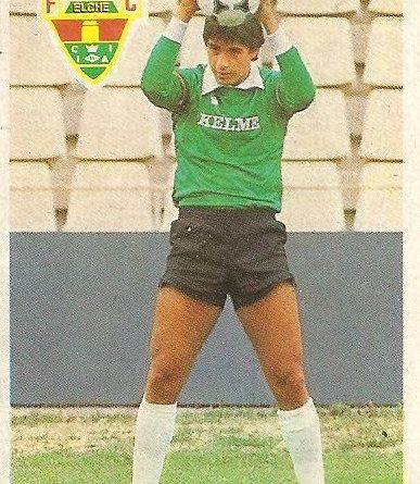 Diego Armando Maradona. Sus driblings. Sus goles. Liga 84-85. Miguel (Elche C.F.). Cromo Esport.
