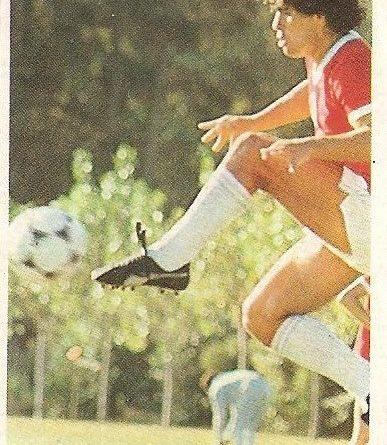 Diego Armando Maradona. Sus driblings. Sus goles. Liga 84-85. Maradona (Argentina). Mis entrenamientos. Cromo Esport.