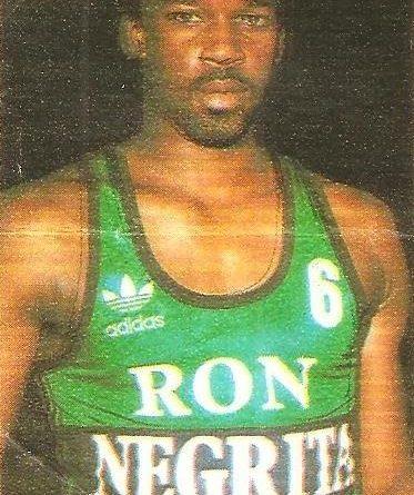 Liga Baloncesto 1985-1986. Greg Stewart (Ron Negrita Juventud). Chicle Gumtar.