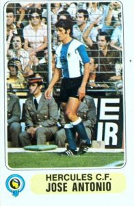 Liga 1977-78. José Antonio (Hércules C.F.) Editorial Pacosa. 📸: Grupo de Facebook Nuestros álbumes de cromos.