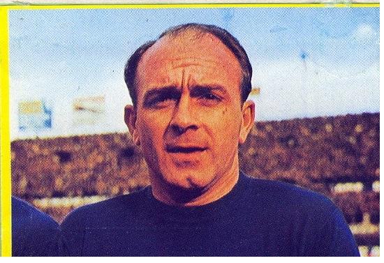 Fútbol en Acción 1982. Di Stefano (España). Danone 82. 📸: Manuel Fernández.