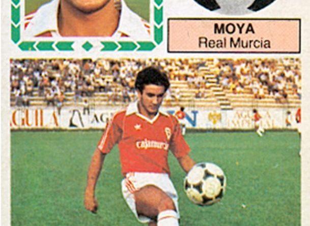 Liga 83-84. Moya (Real Murcia). Ediciones Este. 📸: Grupo de Facebook Nuestros álbumes de cromos.