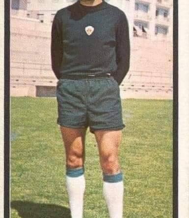 Liga 1973-74. Esteban (Elche C.F.). Editorial Ruiz Romero. 📸: José Hernández Madrid.