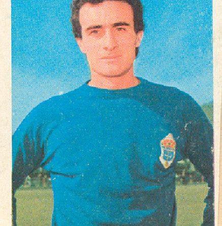 Liga 1973-74. Iriarte (Real Oviedo). Ediciones Este. 📸: Grupo de Facebook Nuestros álbumes de cromos.