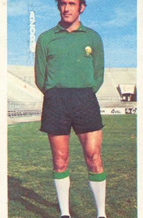 Liga 75-76. Esteban (Elche C.F.). Ediciones Este. 📸: Toni Izaro.