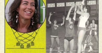 Mercedes Marrero (Krystal Tenerife). 📸: Cromo-Montaje del Grupo de Facebook Nuestros álbumes de cromos.