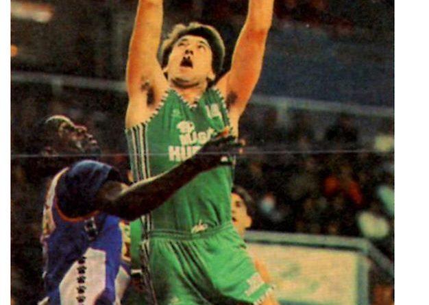 Basket Cromos 88-89. Antón Soler (Magia de Huesca). Editorial J. Merchante – Bollycao. 📸: Grupo de Facebook Nuestros álbumes de cromos.