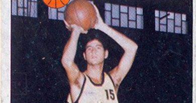Baloncesto 1986-87. Francisco Solé (Cajacanarias). Editorial J. Merchante. 📸: Grupo de Facebook Nuestros álbumes de cromos.
