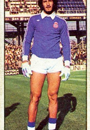 Liga 77-78. Gato Fernández (R.C.D. Español). Ediciones Este. 📸: Toni Izaro.