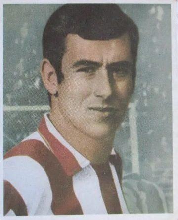 Campeones Fútbol 68-69. Adelardo (Atlético de Madrid). Editorial Bruguera. 📸: Juan Álvarez.