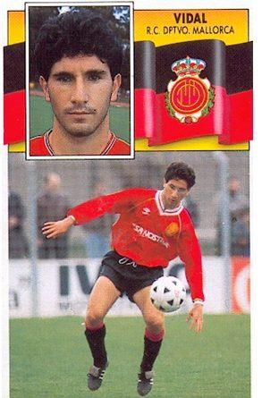 Liga 90-91. Vidal (R.C.D. Mallorca). Ediciones Este. 📸: Toni Izaro.