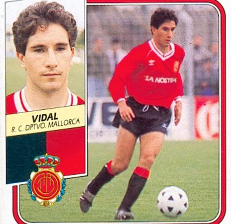 Liga 89-90. Vidal (R.C.D. Mallorca). Ediciones Este. Liga 95-96. Vidal (R.C.D. Mallorca). Ediciones Este. 📸: Toni Izaro.