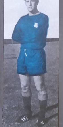Liga 1968-69. Villapún (C.D. Calvo Sotelo). La Voz de Asturias. 📸: Arturo Alcázar.