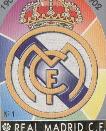 Las fichas de la Liga 97-98. Nº 1. Escudo del Real Madrid C.F. (Real Madrid C.F.). Editorial Mundicromo.
