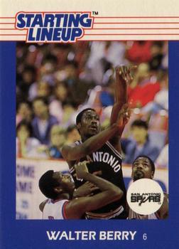 1988. Walter Berry (San Antonio Spurs). Starting Lineup. 📸: Rubén Rodríguez Varela.