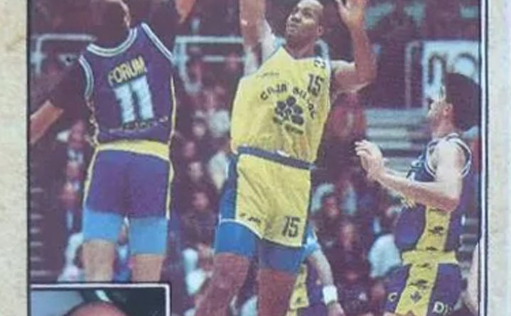 Baloncesto 1988-89. Wallace Bryant (Caja Bilbao). Editorial J. Merchante. 📸: Grupo de Facebook Nuestros álbumes de cromos.
