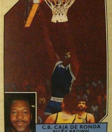 Baloncesto 1990-91. Ricky Brown (Caja de Ronda). Converse. 📸: Luis González Palacios.